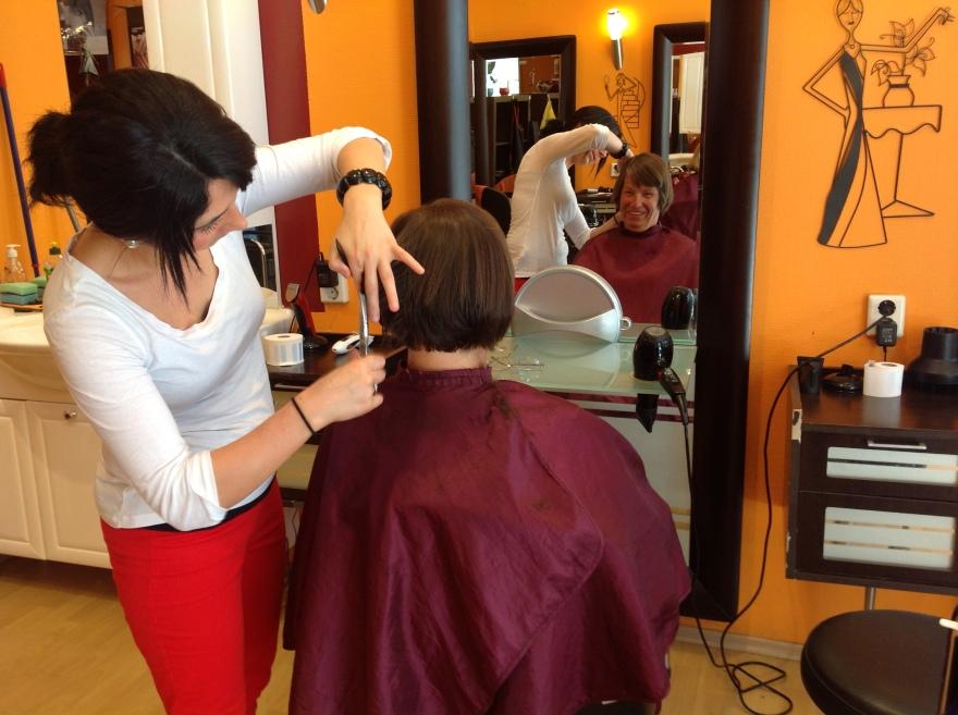Eva gets a trim