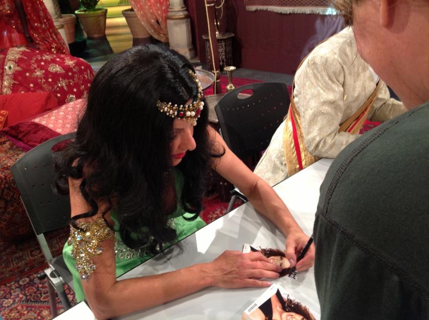 Autograph time