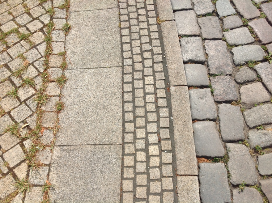 How varied the paving