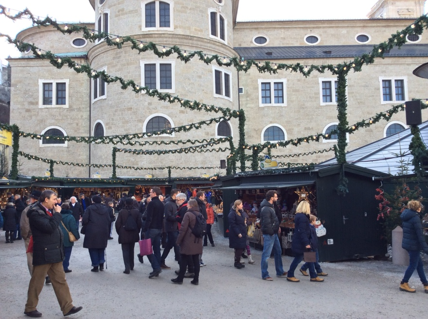 One of many small Christmas markets located in the various plazas