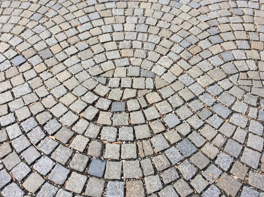 How masterfully the cobbles get laid. Every stone exactly in its place.