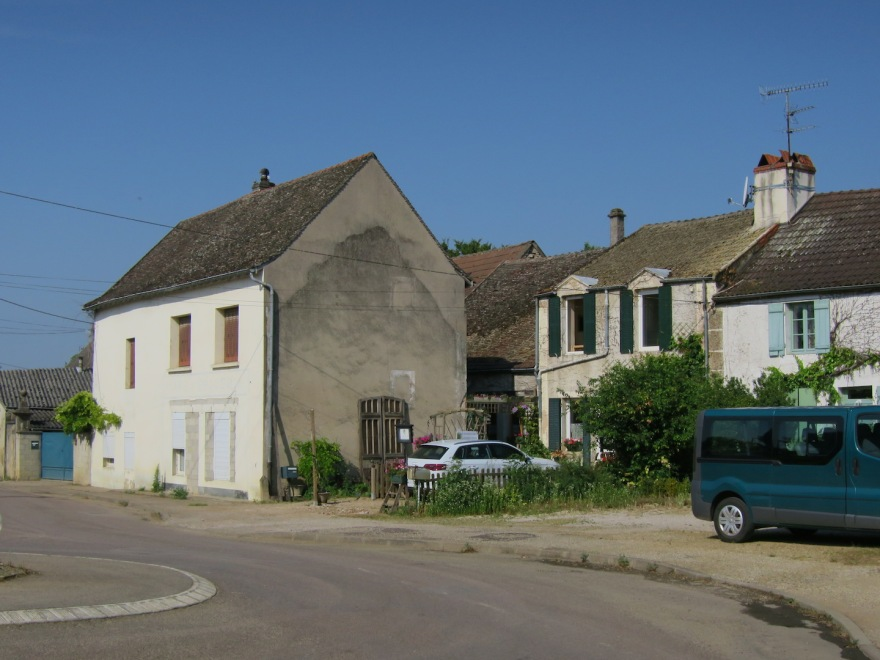 Our gîte, a ground floor apartment, is behind our white rental car