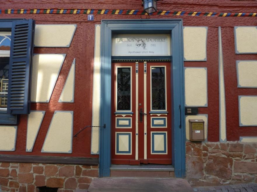 Nice doorway along the way
