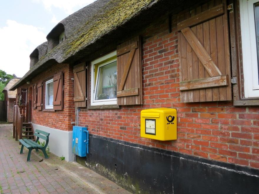 Mail Box, aka Post Office   (photo by Suzi)