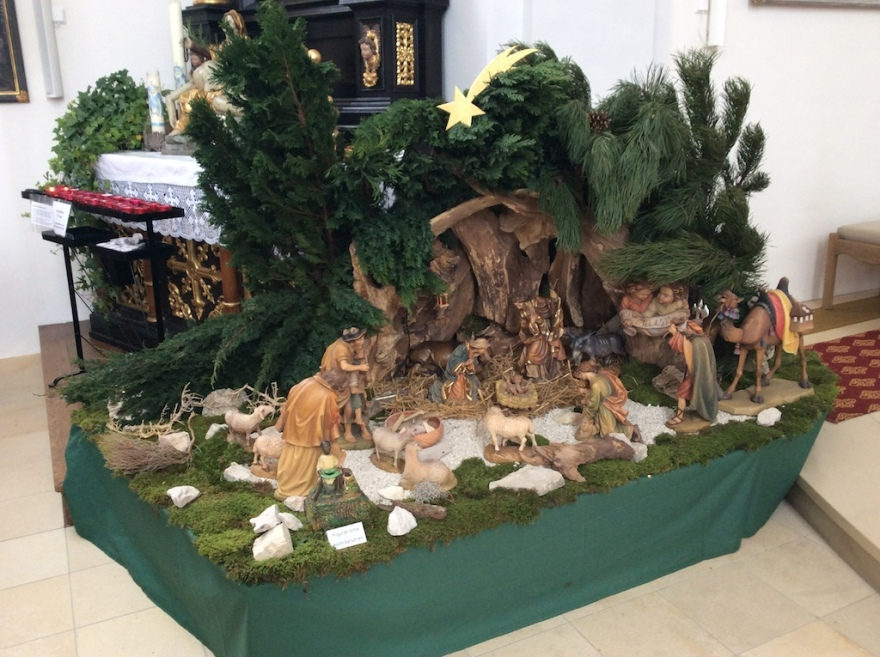 The manger scene - no Jesus
