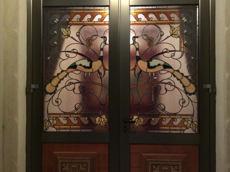 Wonderful front doors with Art Nouveau leaded glass.