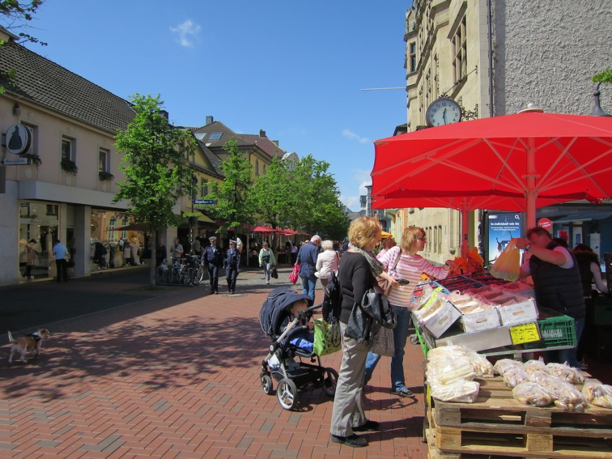 A farm market is located right along the main pedestrian mall.