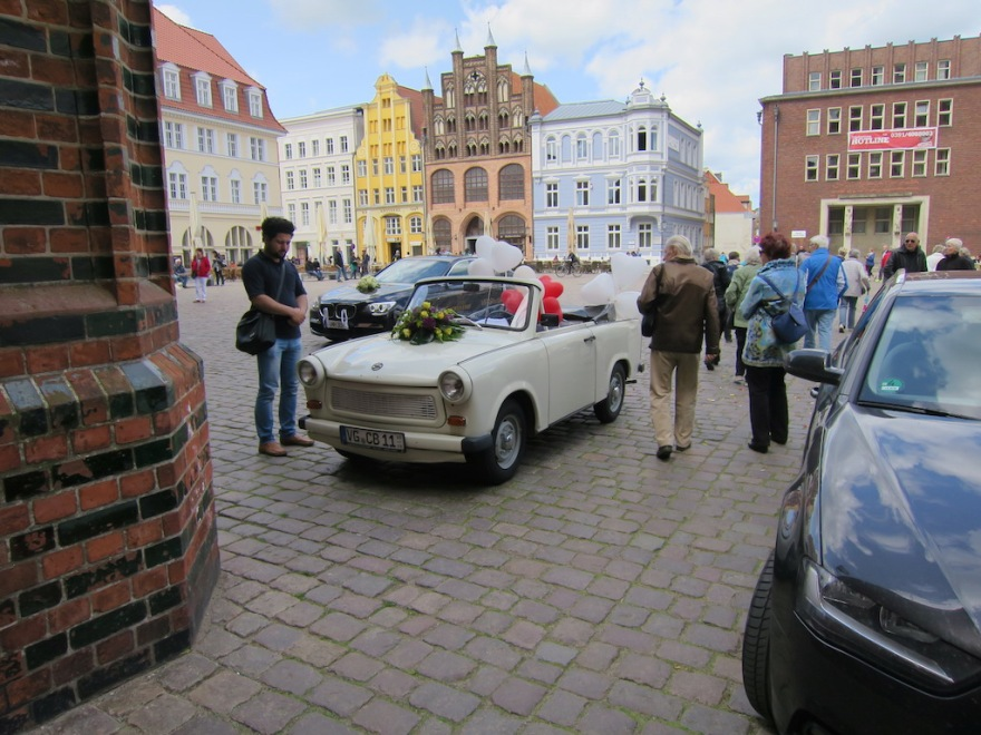 Trabant get away carfare the newlyweds