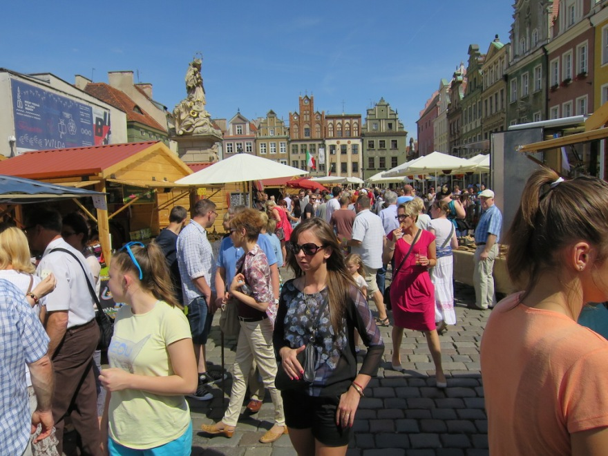 Markt square on a Sunday afternoon