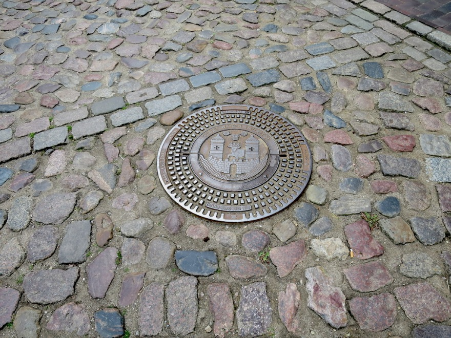 Even the manhole covers are attractive.