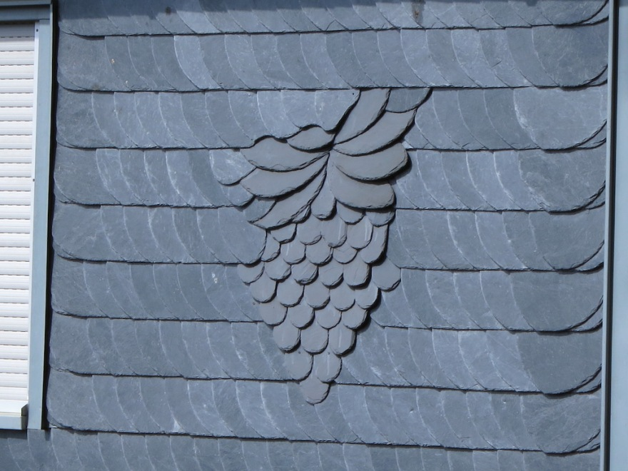 Slate decoration