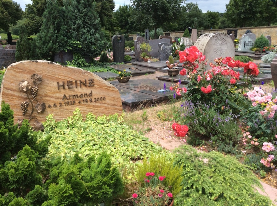 A third Heinz headstone