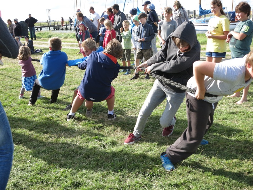 A tug of war, using a real hawser rope