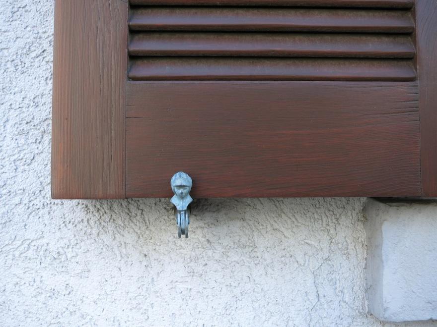 german window shutter retainer